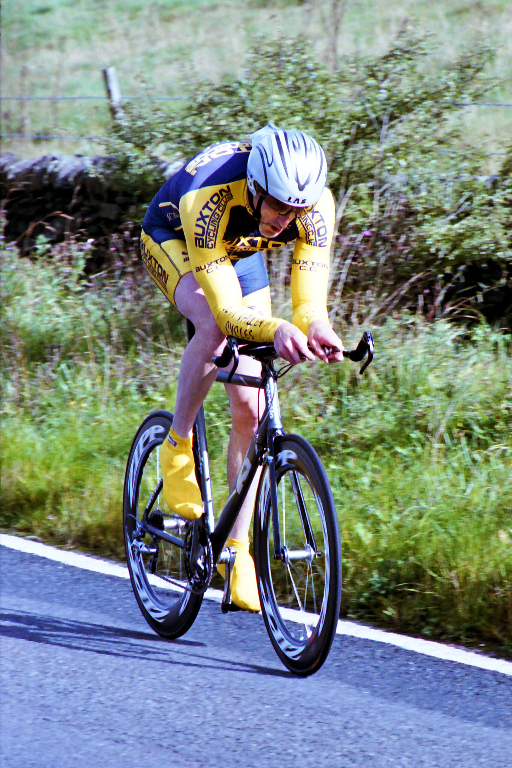 Mostyn Bullock in the 2010 Long Hill open hill climb (photo: C. Lea)